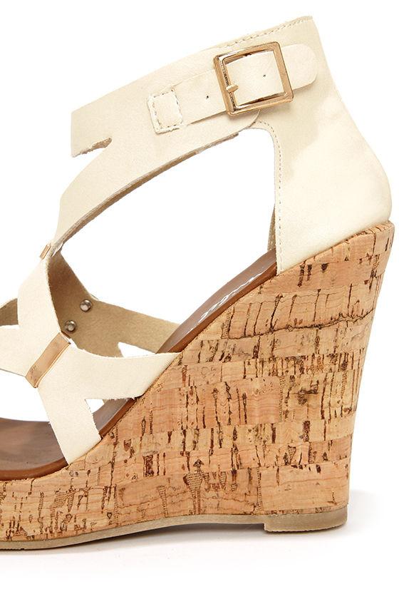 Modina 3 Beige and Gold Platform Wedge Sandals at Lulus.com!