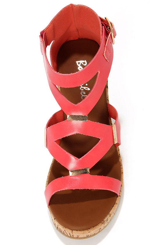 Modina 3 Coral and Gold Platform Wedge Sandals at Lulus.com!