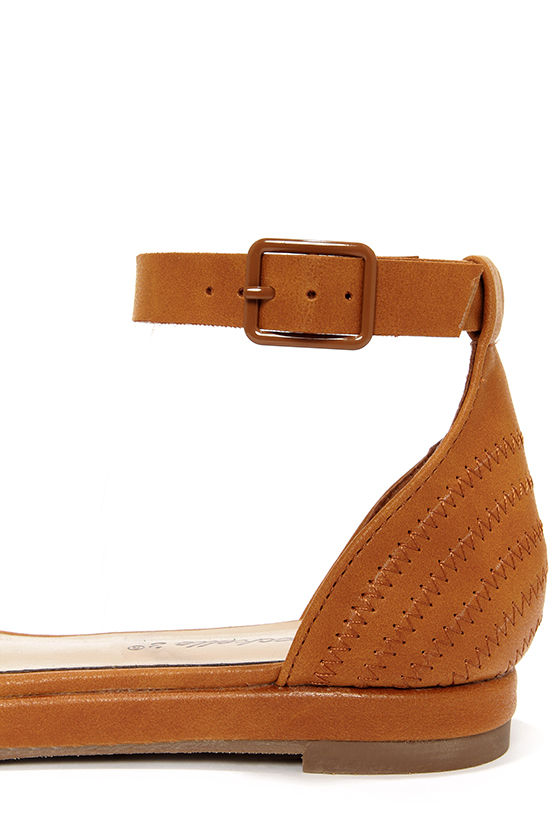Coco 31 Tan Flat Ankle Strap Sandals at Lulus.com!