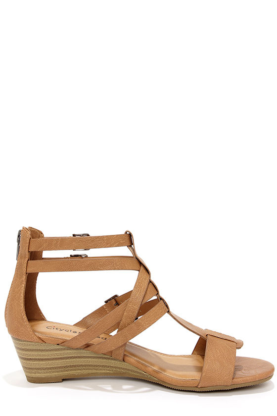 City Classified Lativ Tan Strappy Wedge Sandals at Lulus.com!