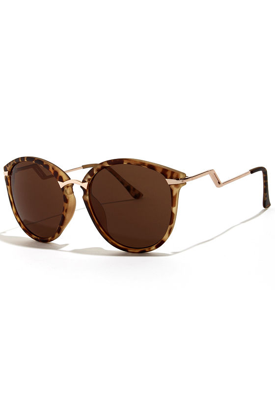 Sinclair Tortoise Sunglasses at Lulus.com!