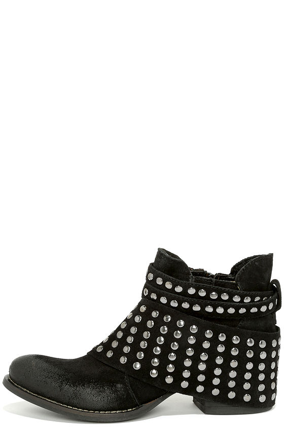 Matisse Reno Boots - Black Boots - Ankle Boots - Studded Boots ...