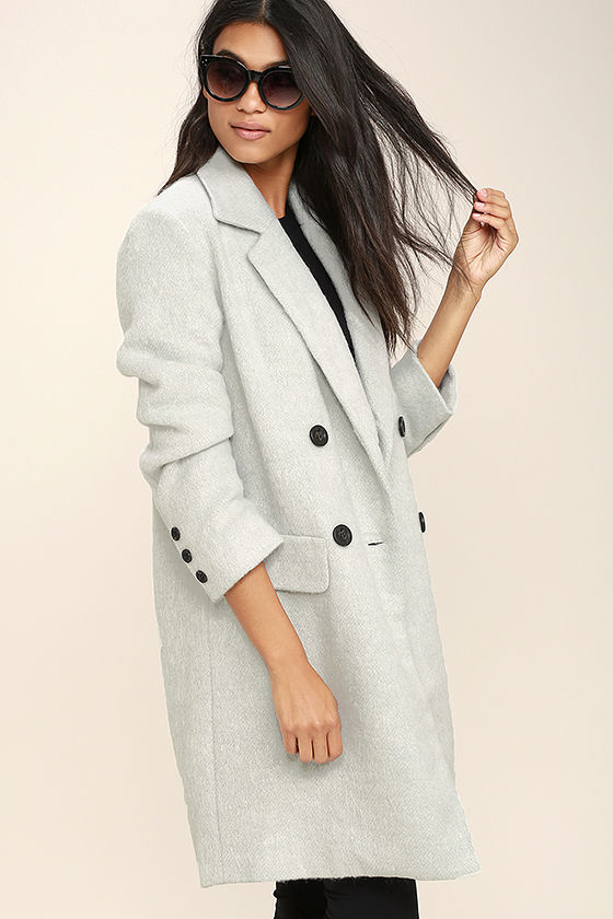Women's Coats & Outerwear Bundle up in women's jackets and coats in the latest trends in women's outerwear. From lighter quilted jackets to heavy wool coats, there's a .