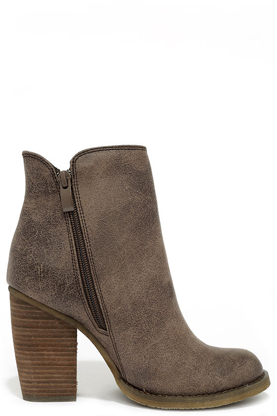 Sbicca Percussion Taupe High Heel Booties 4