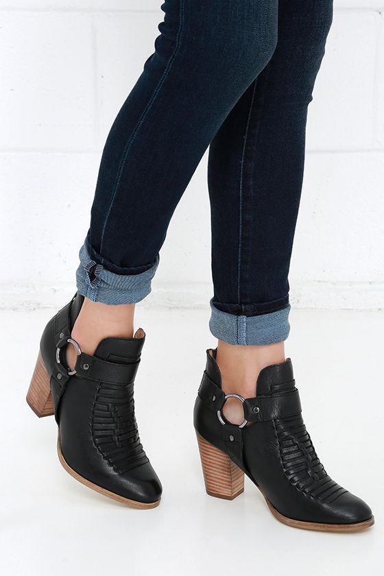 Seychelles Shoes Blue Ruffled