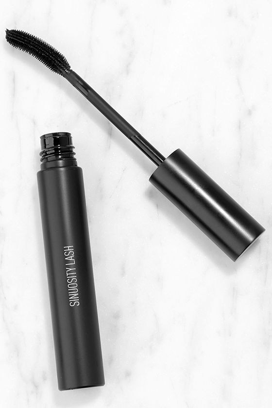 Sigma Sinuosity Lash Curling Black Mascara 1