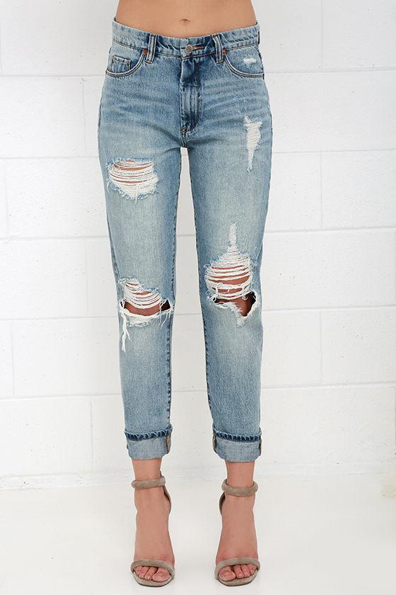 Blank NYC Thrifter Light Wash Distressed Boyfriend Jeans 3
