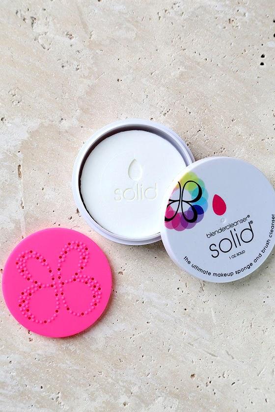 Beautyblender Solid Blendercleanser 1