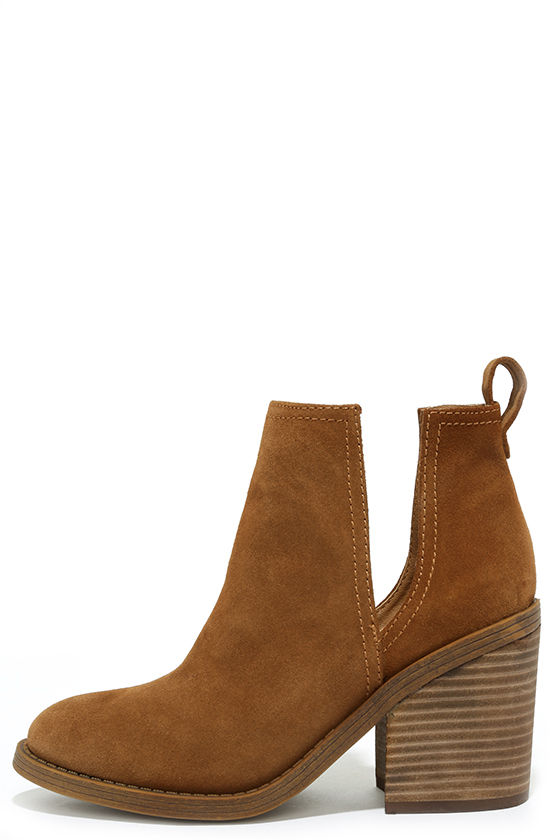 Steve Madden Sharini Chestnut Suede Leather Ankle Booties 1