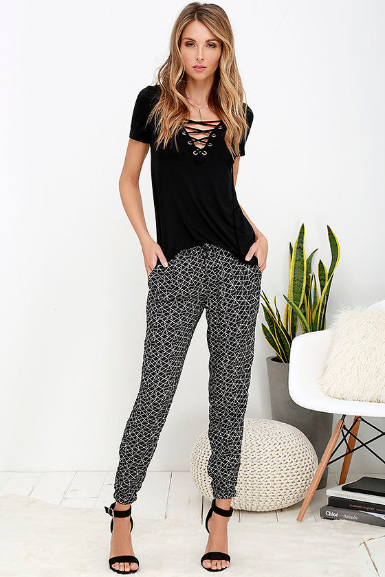 اختياري تقييم حرف جر Black And White Print Pants Psidiagnosticins Com
