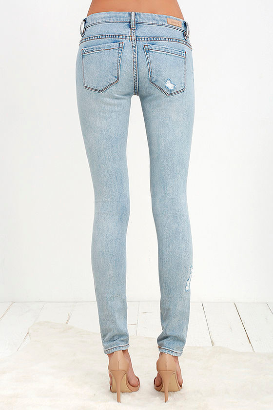 Blank NYC Skinny Classique - Distressed Jeans - Light Wash Jeans ...