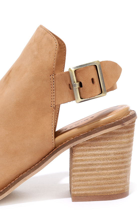 Chinese Laundry Caleb Natural Suede Leather Ankle Booties 7