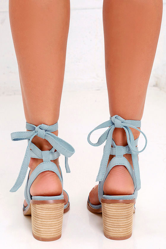 Chinese Laundry Calvary Blue Suede Sandals Lace Up