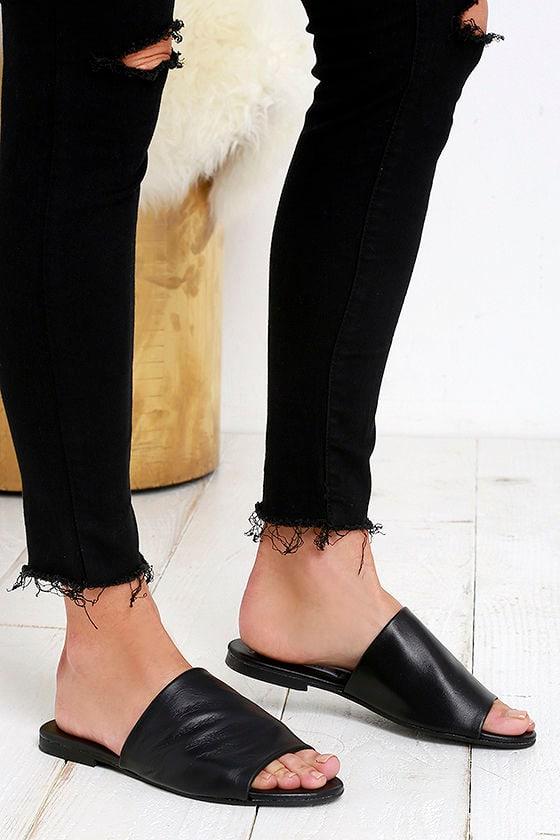 de72e6fb86c Steven Madden Slidur - Slide Sandals - Black Leather Sandals -  69.00