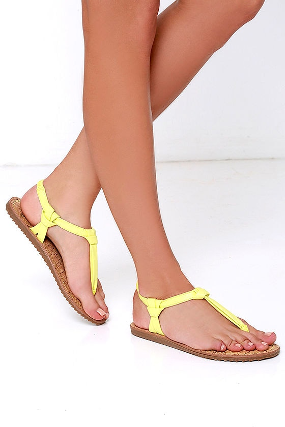 3bf17363c7e23b Circus by Sam Edelman Shaw - Yellow Sandals - Thong Sandals -  45.00