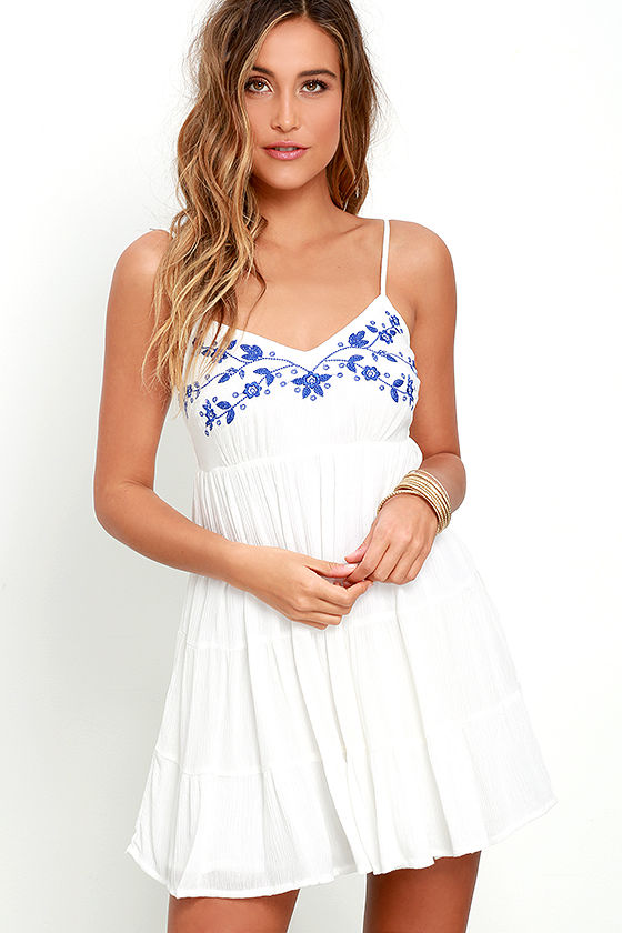 1e0aaea131 Quintessential California Blue and Ivory Embroidered Dress