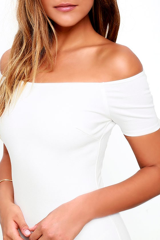 Me Oh My White Off-the-Shoulder Bodycon Dress 5