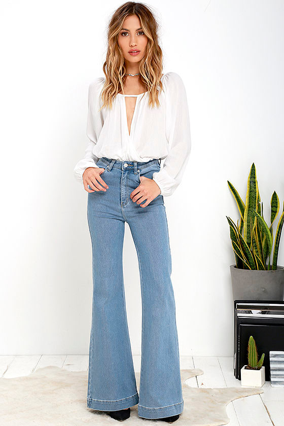 Rollas Eastcoast Flare - Light Wash Jeans - Flare Jeans - $119.00
