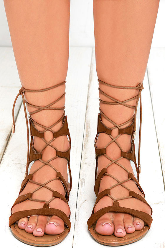 Trail Ways Tan Suede Flat Lace-Up Sandals 2