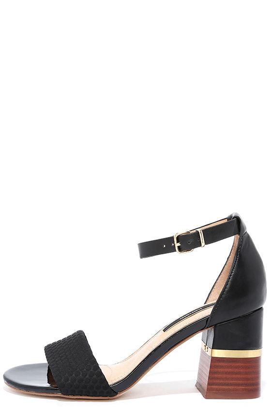 KENSIE ESTAN BLACK ANKLE STRAP HEELS Image