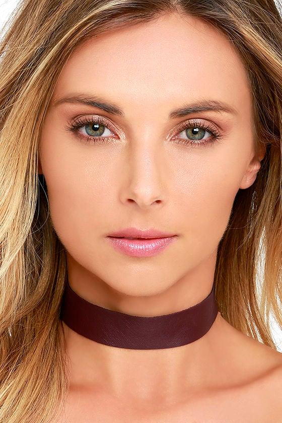 Vanessa Mooney Lestat Burgundy Choker Necklace 1