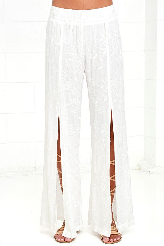 Lucy Love Sun Bum White Embroidered Pants 3