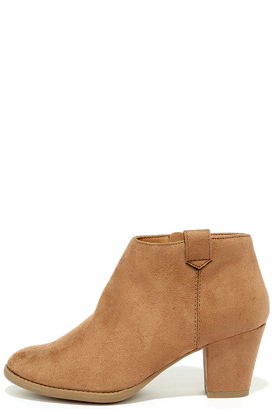 Sidewalk Strut Light Tan Ankle Booties 1
