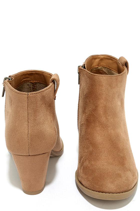 Sidewalk Strut Light Tan Ankle Booties 3
