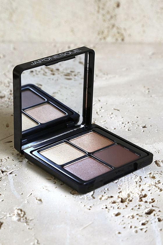 Japonesque 02 Velvet Touch Eye Shadow Palette 1