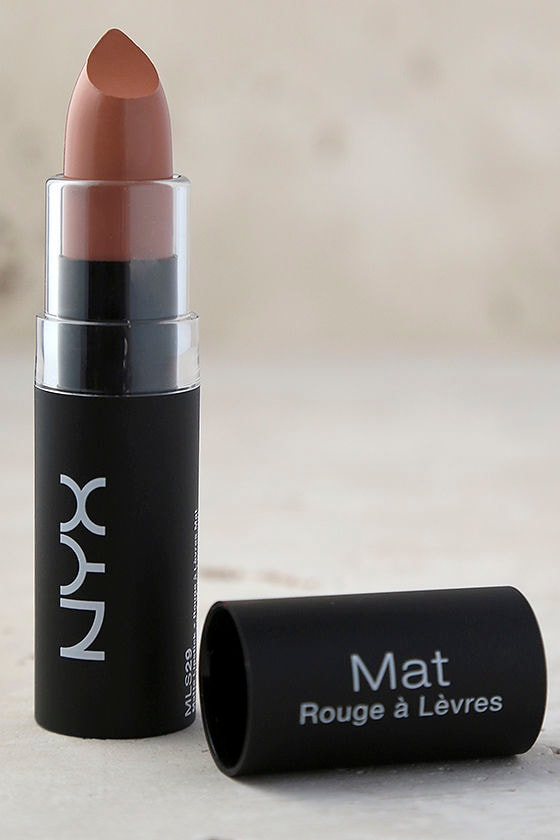 NYX Sable Brown Matte Lipstick 2