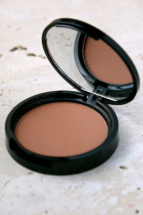 NYX Medium Matte Bronzer Powder 1