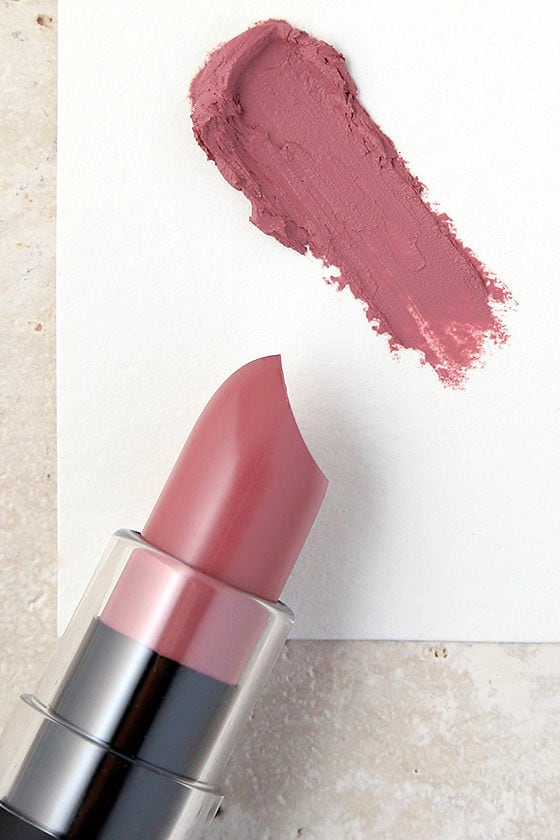 NYX Natural Mauve Matte Lipstick 1
