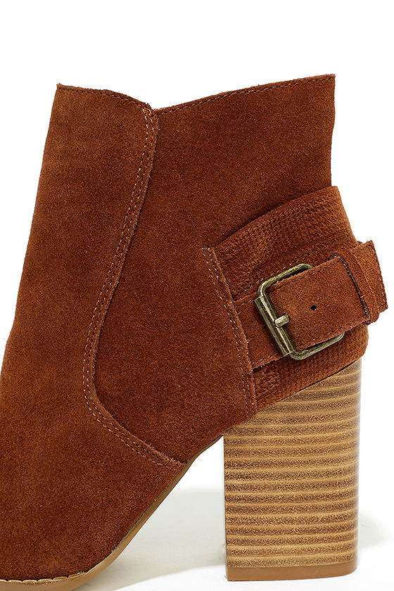 Sbicca Lorenza Cognac Suede Leather Ankle Booties 7