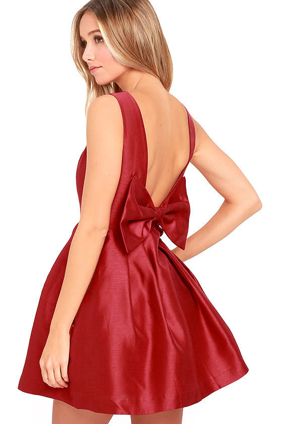 Bow Me a Kiss Wine Red Backless Dress 1