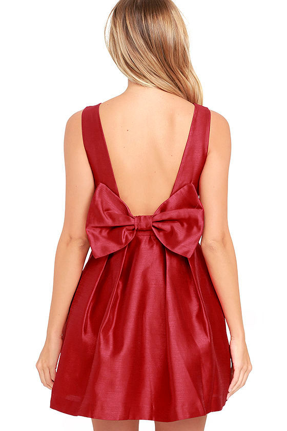 Bow Me a Kiss Wine Red Backless Dress 4