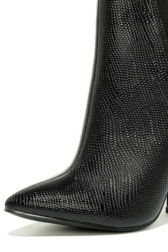 Way Wild Black Croc High Heel Ankle Booties 6