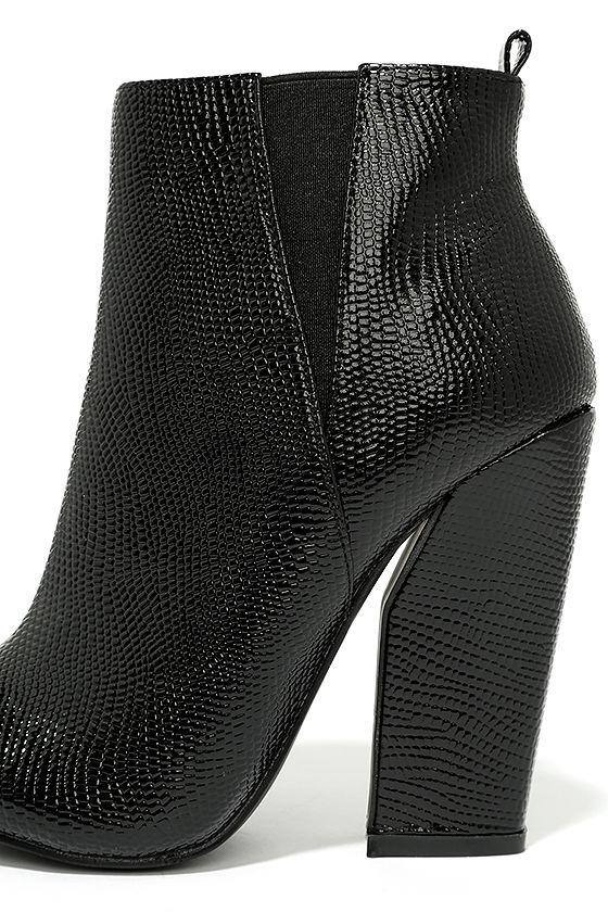 Way Wild Black Croc High Heel Ankle Booties 7