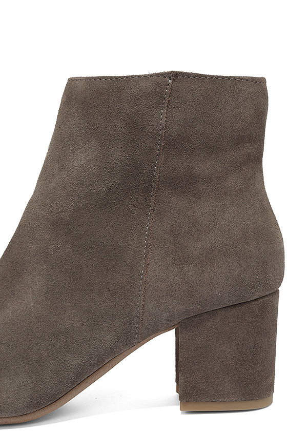 Steve Madden Holster Grey Suede Leather Ankle Booties 7
