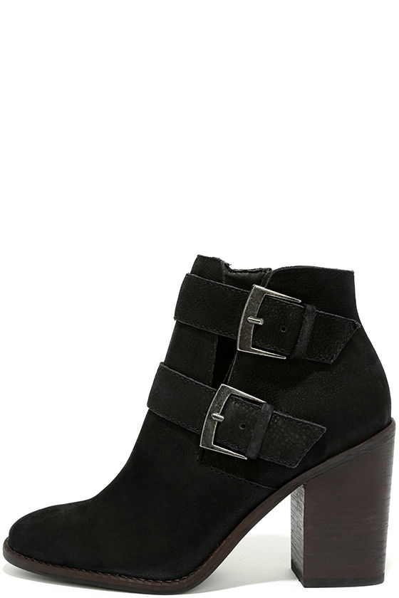 Steve Madden Trevur Black Leather High Heel Booties 1