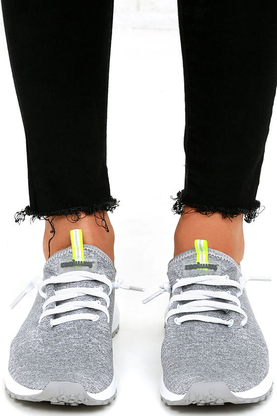 Coolway Tahali Silver Knit Sneakers 2