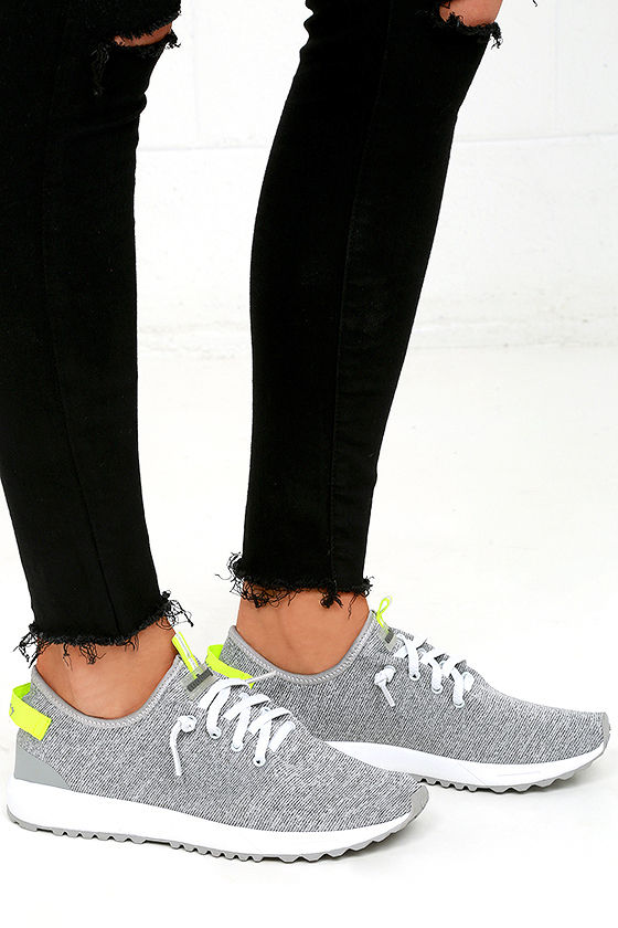 Coolway Tahali Silver Knit Sneakers 3