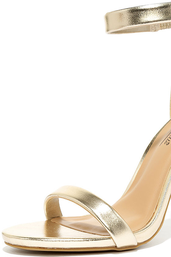 Search the Stars Gold Ankle Strap Heels 6