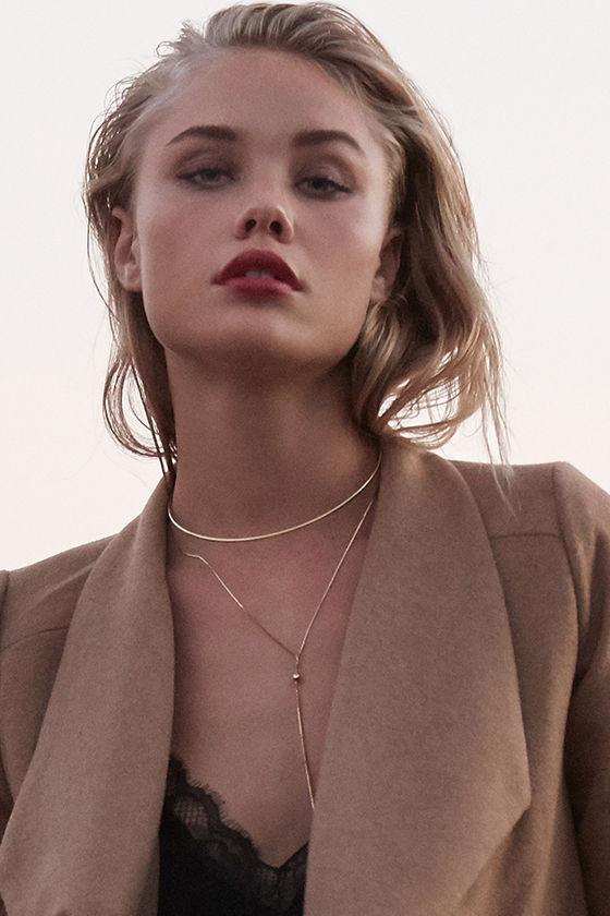 Modern Minimalist Gold Layered Collar Necklace 2
