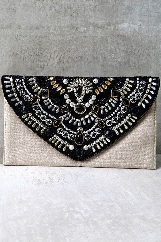 lovely black and beige clutch beaded clutch beige. Black Bedroom Furniture Sets. Home Design Ideas