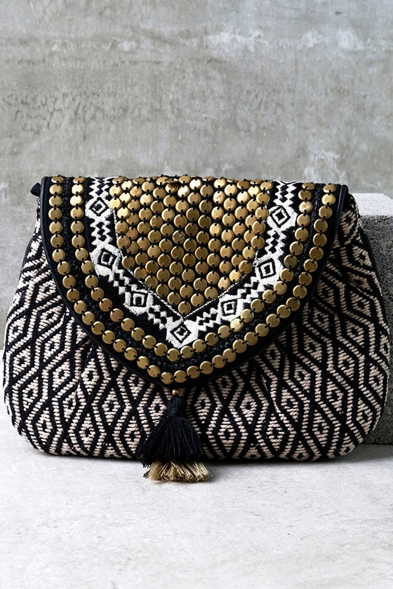 unique beige and black clutch beaded clutch. Black Bedroom Furniture Sets. Home Design Ideas