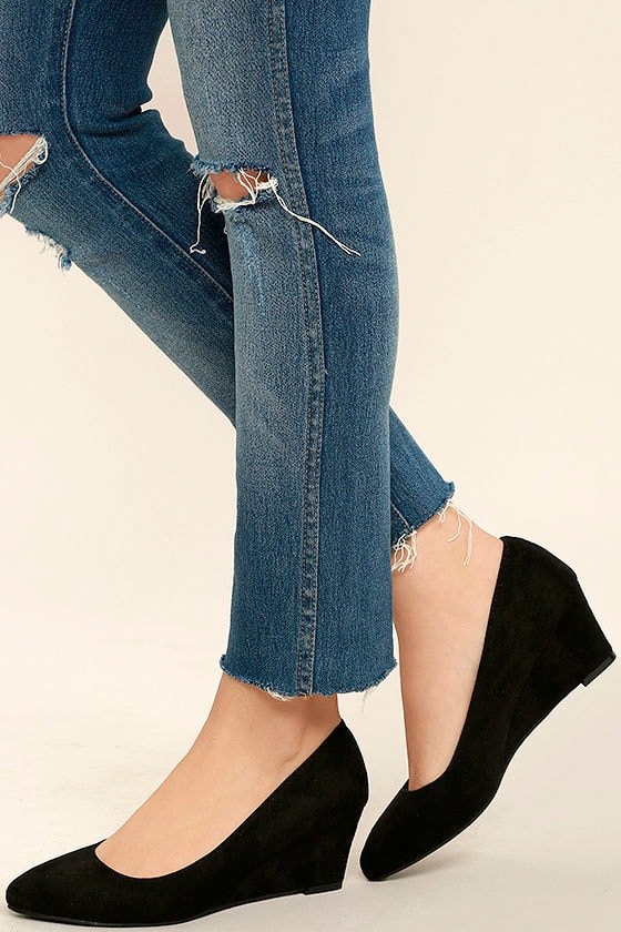 brand new multiple colors super cute Speed Racer Black Suede Wedges