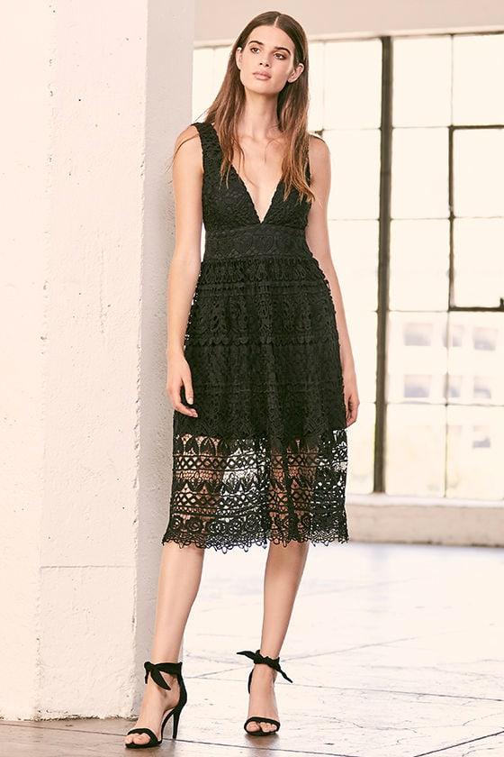 Absolutely Fabulous Black Lace Midi Dress