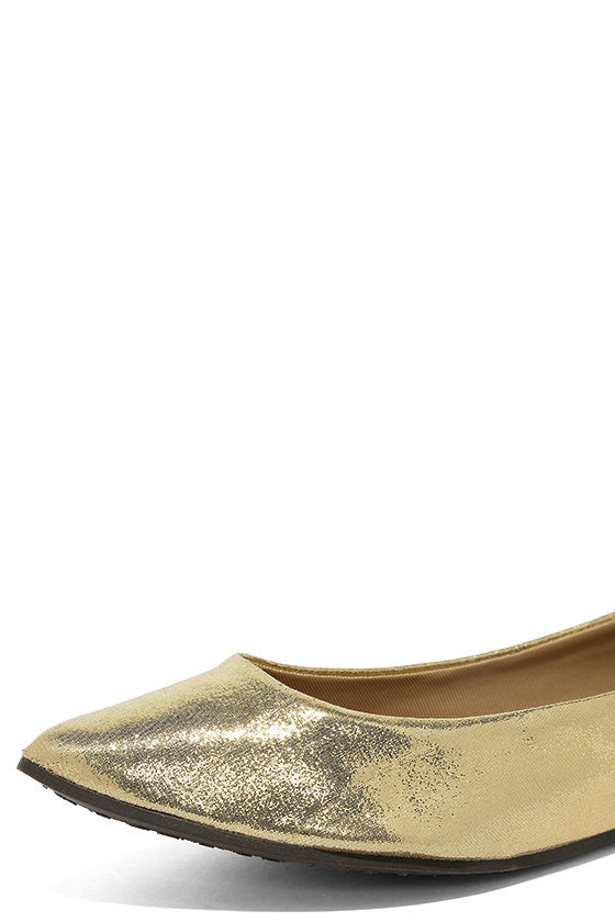 Lucille Gold Pointed Flats 6