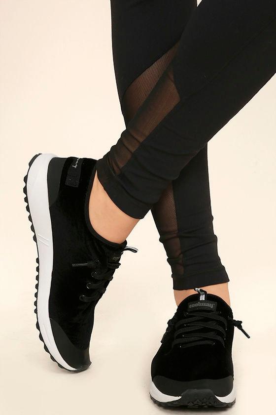 Coolway Tahalifit Black Velvet Sneakers 1