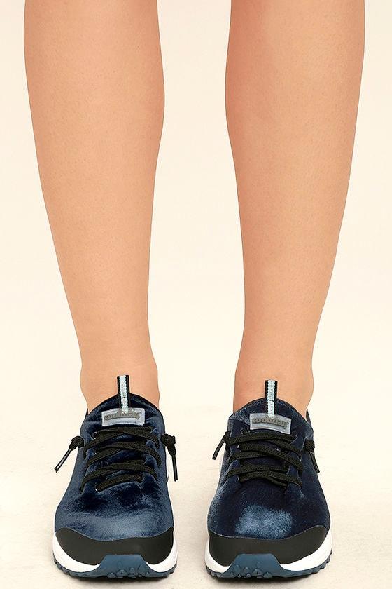 Coolway Tahalifit Royal Blue Velvet Sneakers 2
